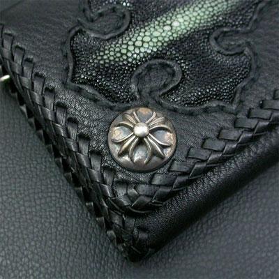 シルバーポイント 革財布 クロスモチーフ 黒 ショート三つ折